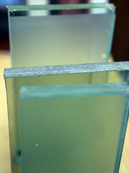 Porte-blindate-con-vetro-antisfondamento