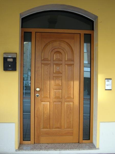 Porta-blindata-in-legno-massello-rei-120